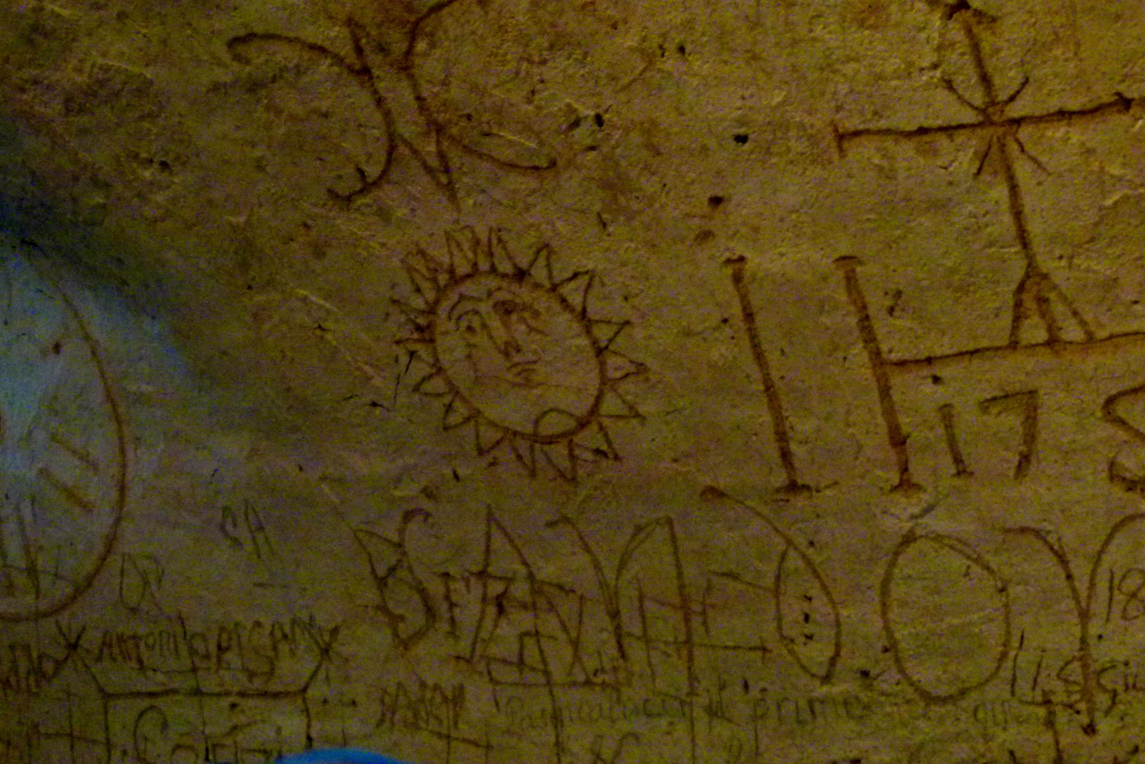 Narni underground engravings