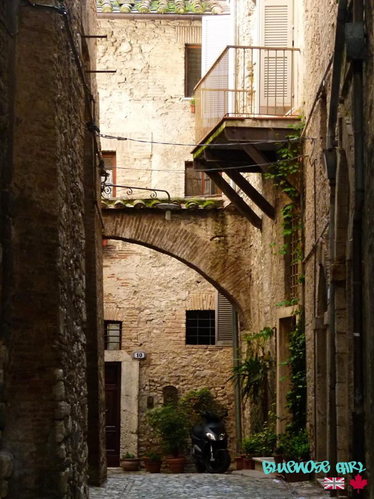 Narni alley