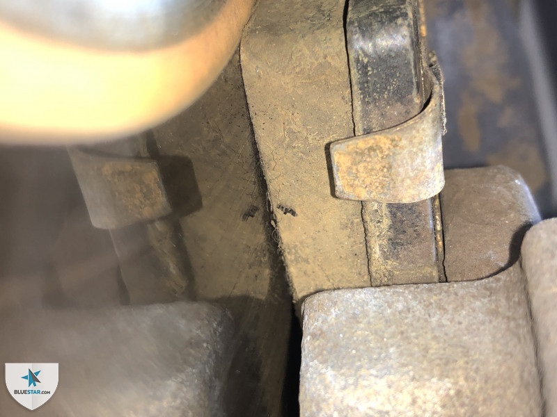 All brakes appear in near new condition.