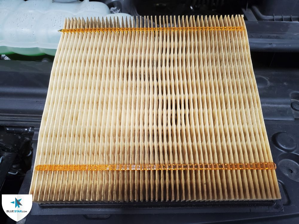 Engine air filter has 75% service life left or better.