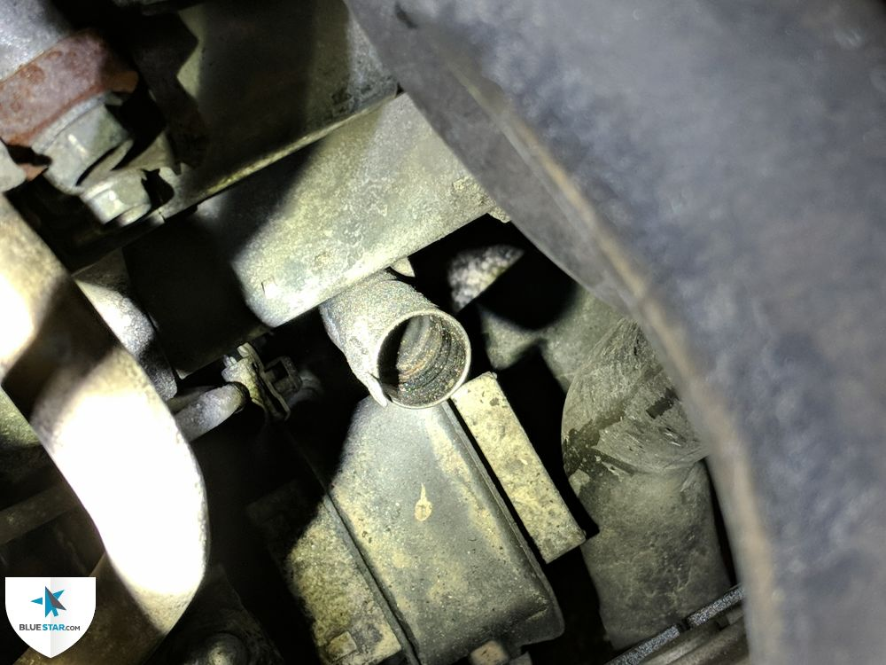 Transmission oil dipstick is missing - unable to verify level / condition.