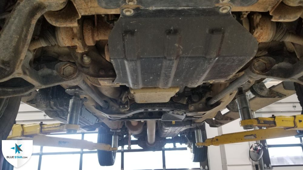 Undercarriage photo.