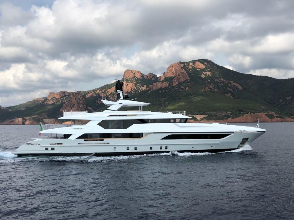 M/Y 48M T-Line Yacht #4