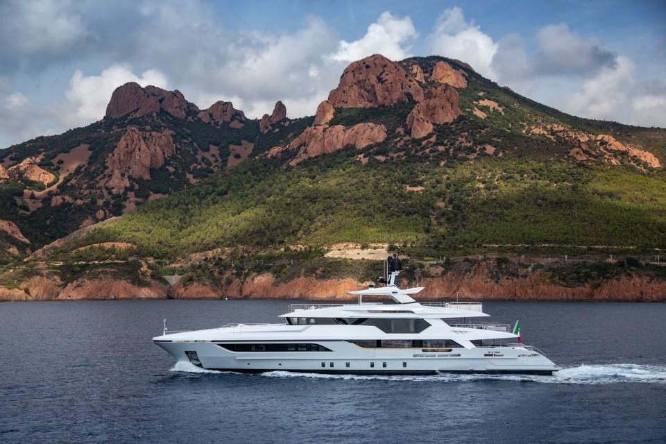 M/Y 48M T-Line Yacht #6