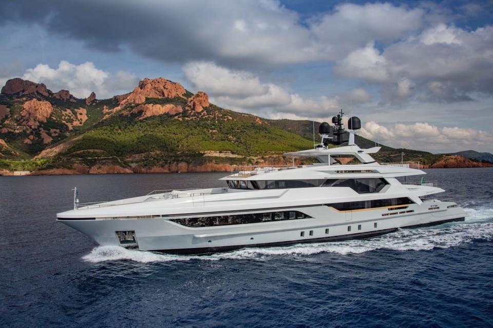 M/Y 48M T-Line Yacht #1