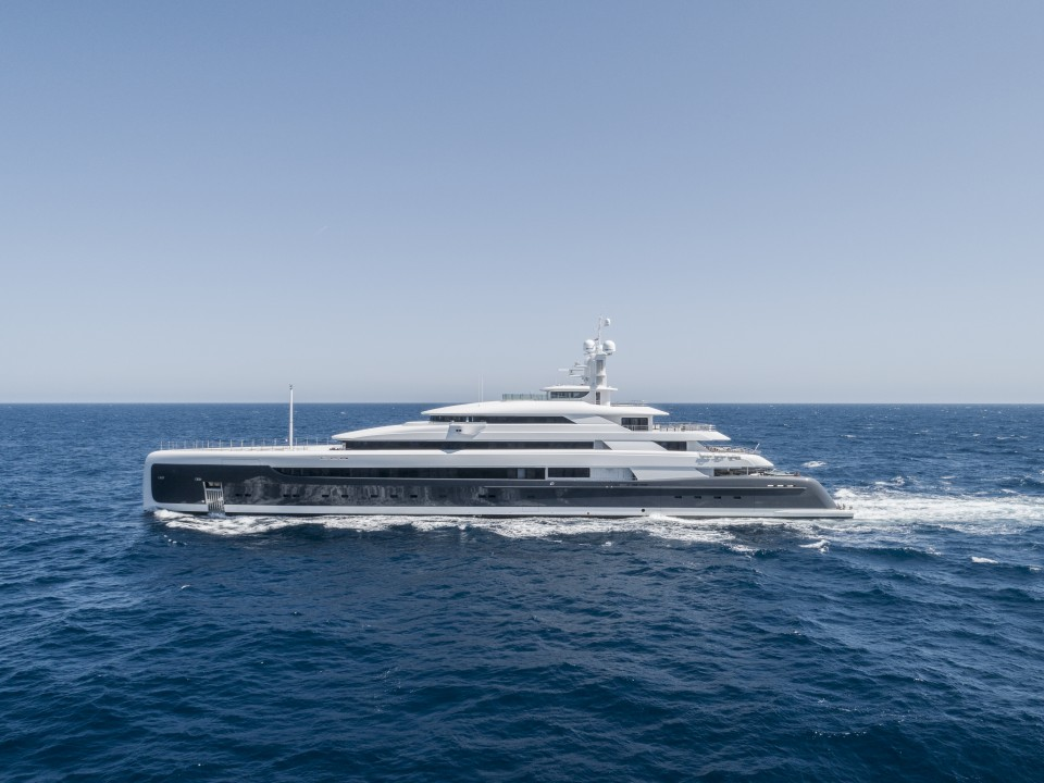 M/Y Illusion Plus Yacht #2