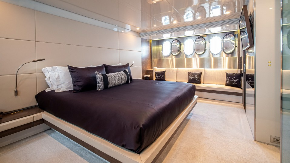 M/Y M Yacht #27