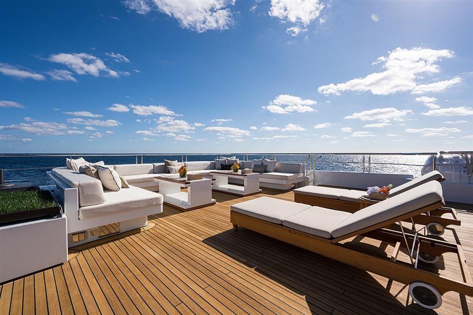 M/Y QUANTUM OF SOLACE Yacht #23