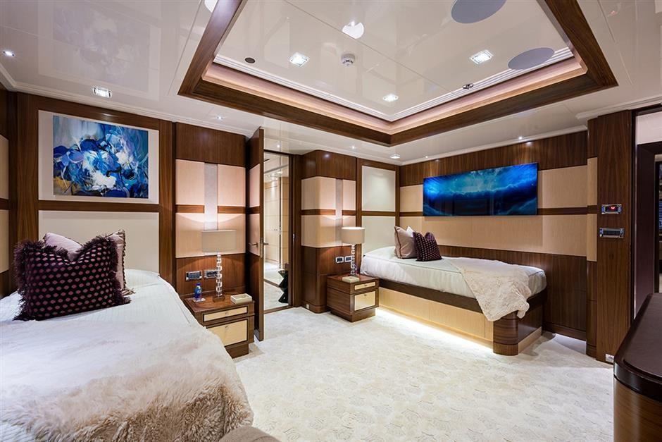 M/Y QUANTUM OF SOLACE Yacht #5
