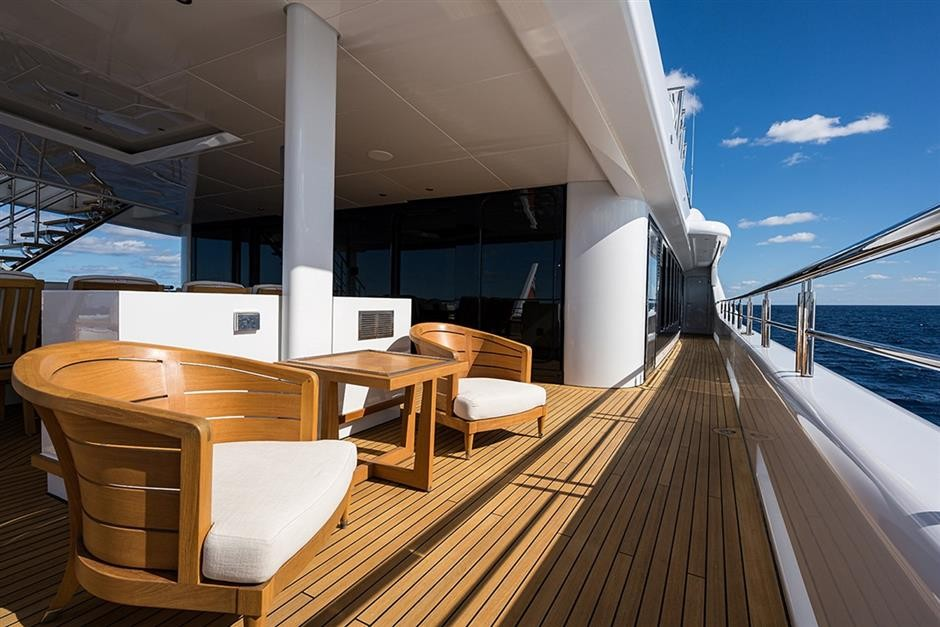 M/Y QUANTUM OF SOLACE Yacht #20