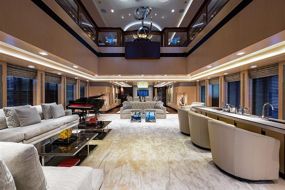 M/Y QUANTUM OF SOLACE Yacht #14