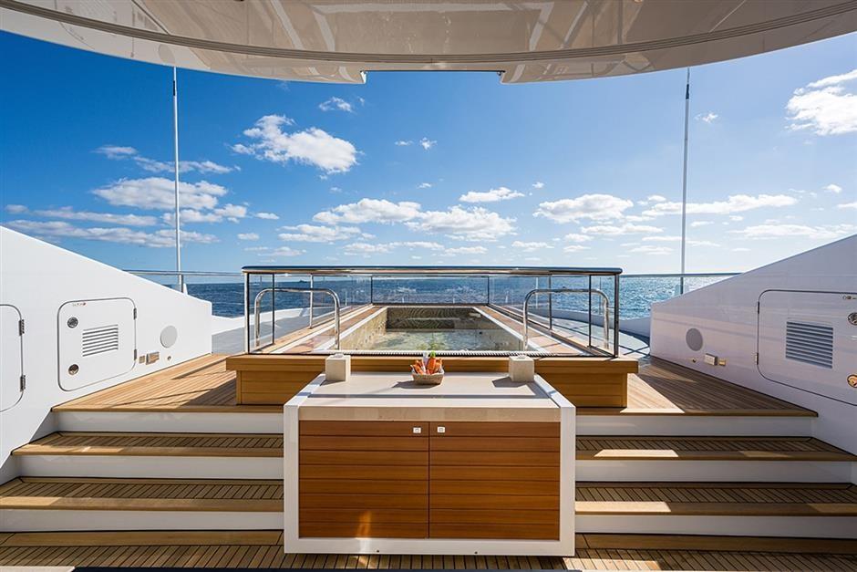 M/Y QUANTUM OF SOLACE Yacht #26