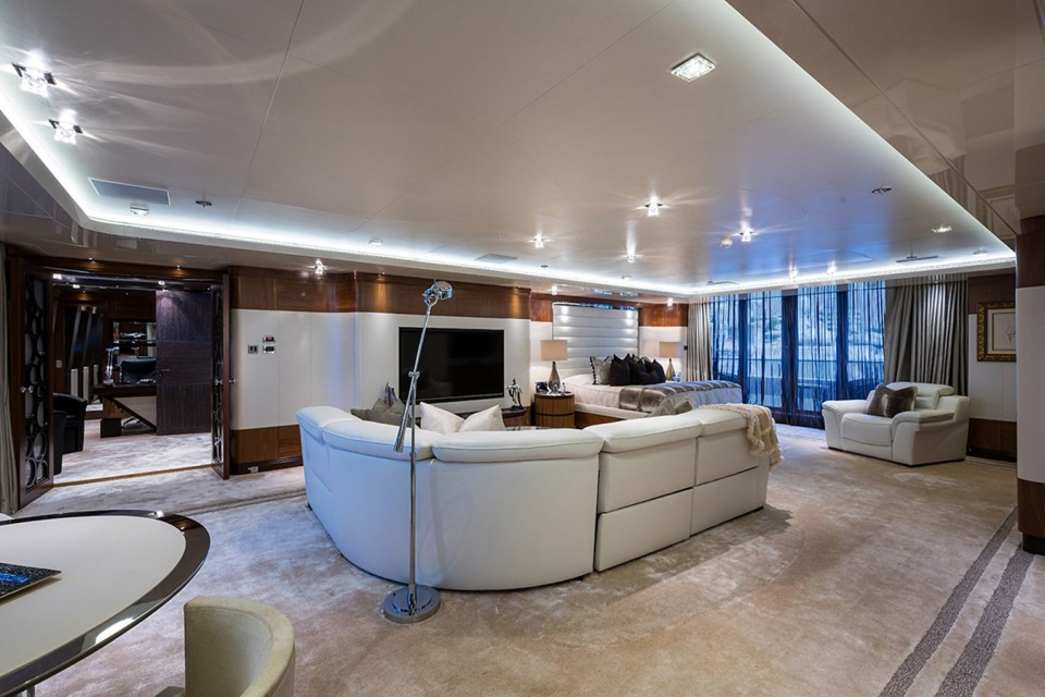 M/Y QUANTUM OF SOLACE Yacht #11