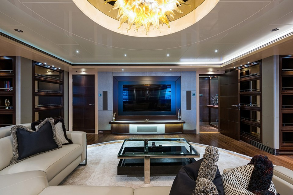 M/Y QUANTUM OF SOLACE Yacht #17