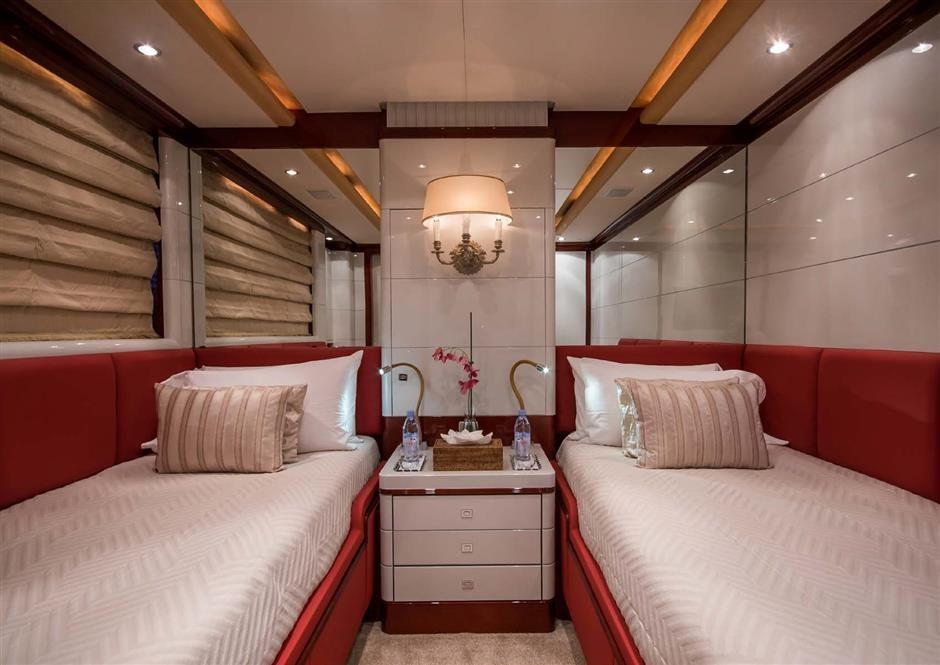 M/Y DIANE Yacht #13