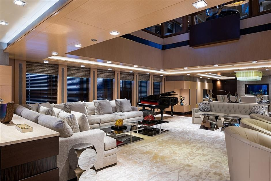 M/Y QUANTUM OF SOLACE Yacht #13