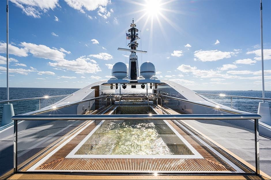 M/Y QUANTUM OF SOLACE Yacht #27