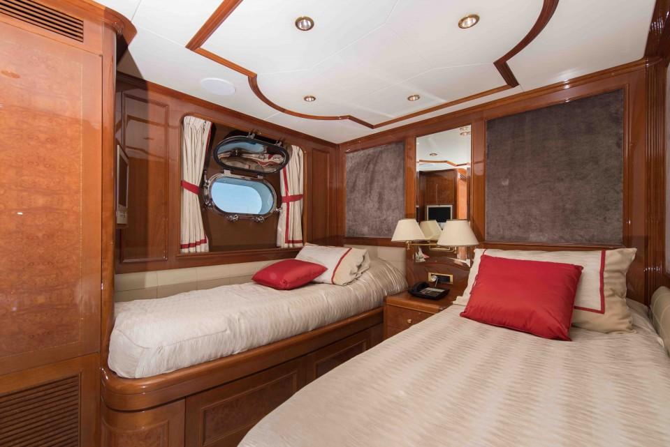 M/Y DXB Yacht #12