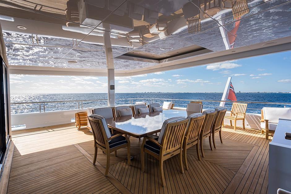 M/Y QUANTUM OF SOLACE Yacht #19