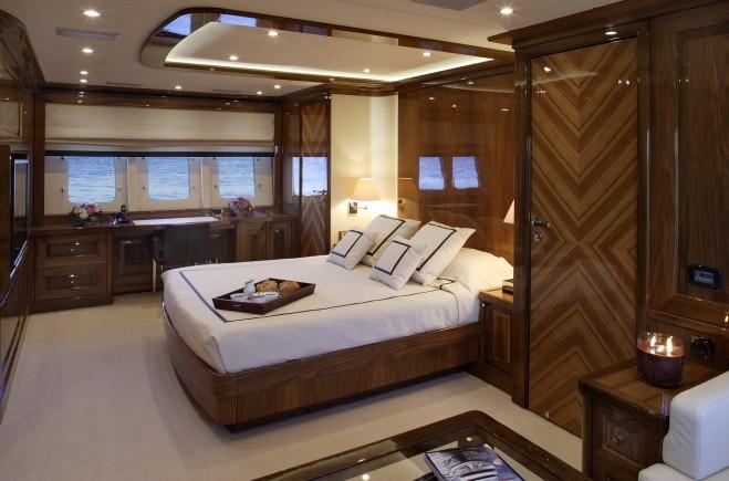 M/Y Dragon Yacht #15
