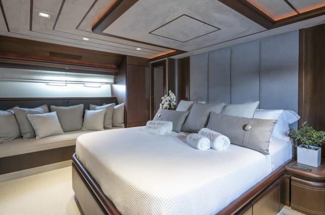 M/Y Sea Dog Yacht #12