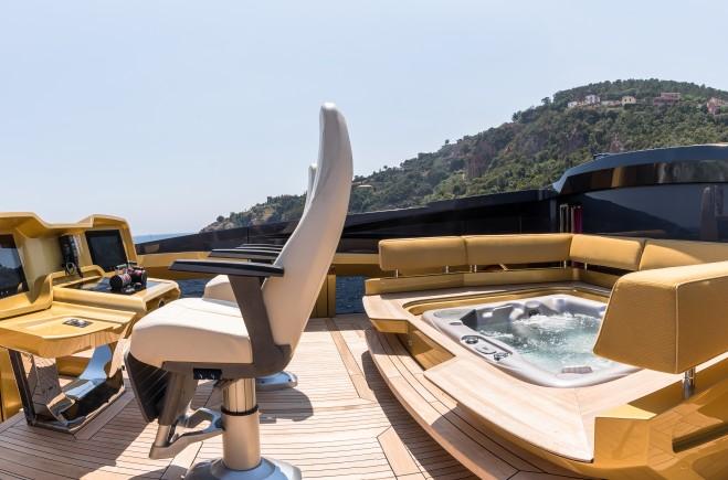 Yacht #9