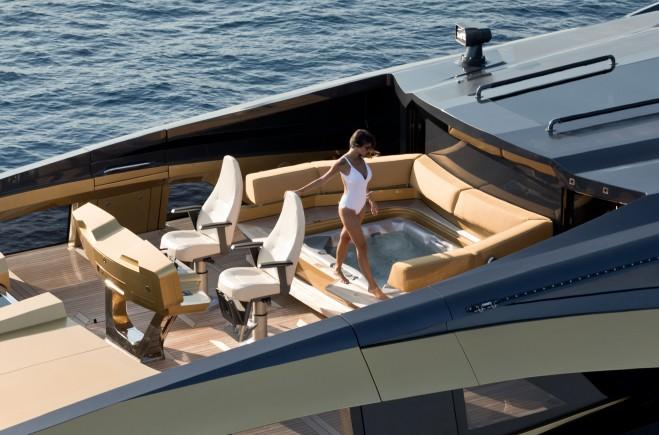 Yacht #10