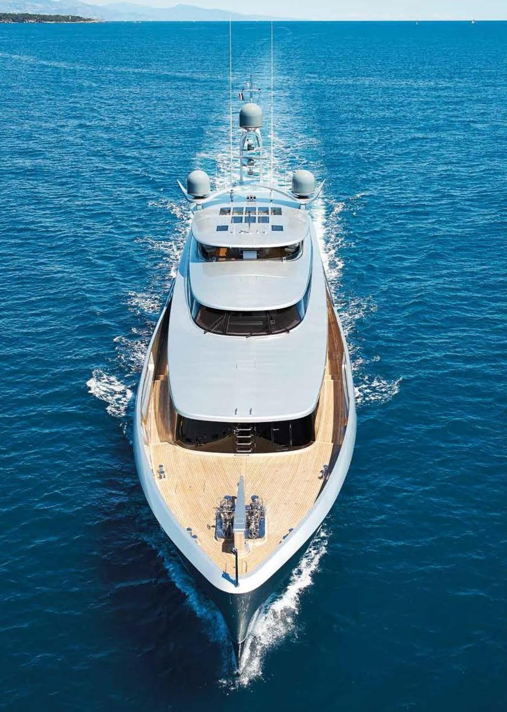 Luxury Yacht Engine Room: Lady May Yacht For Sale