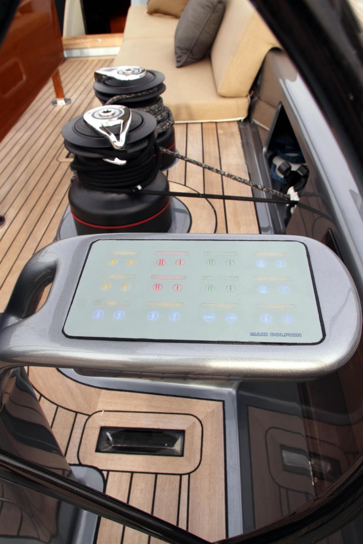 Luxury Yacht Engine Room: Maxi Dolphin Luxury Yacht