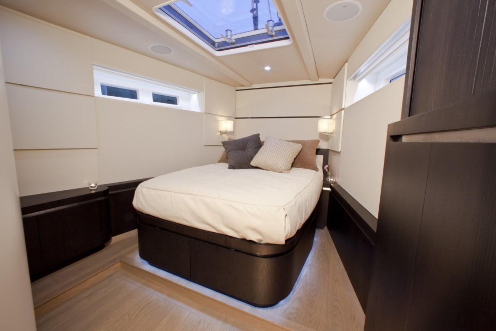 S/Y Carbon Ocean Yachts 82 Yacht #9