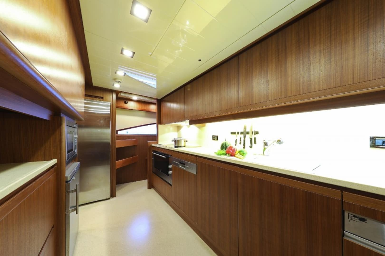 M/Y Custom Line 112 Next Yacht #14