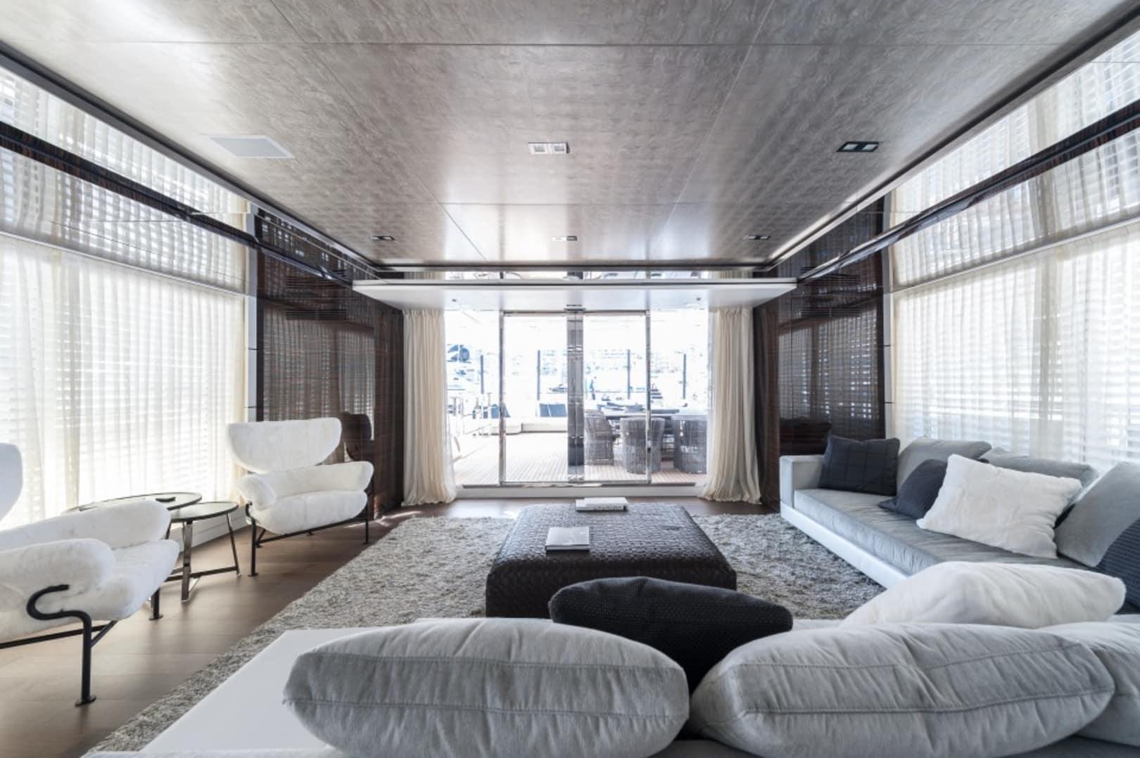M/Y Entourage Yacht #10
