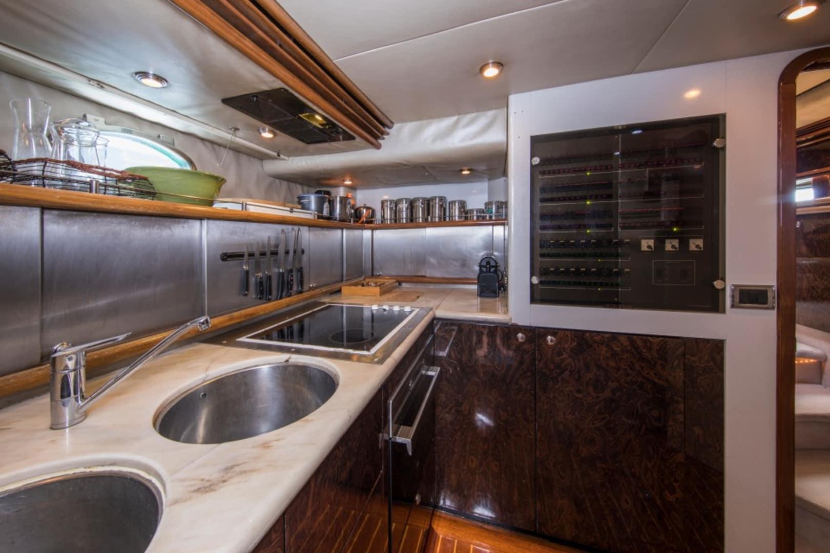 M/Y Oscar Yacht #42