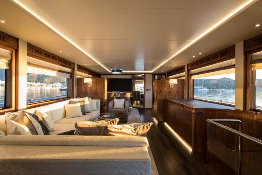 Моторная яхта EIGHTEEN TWO Yacht #6