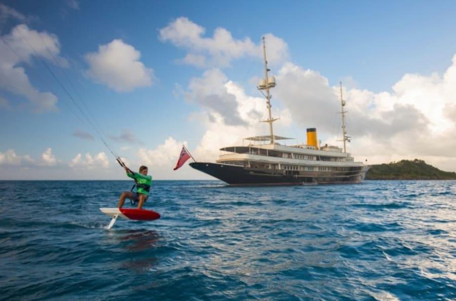 Моторная яхта Nero Yacht #2