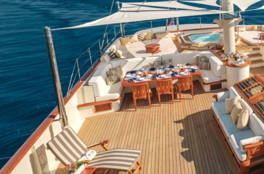Моторная яхта Nero Yacht #8