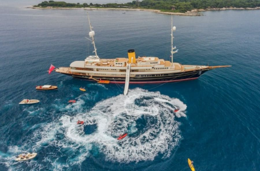 Моторная яхта Nero Yacht #4