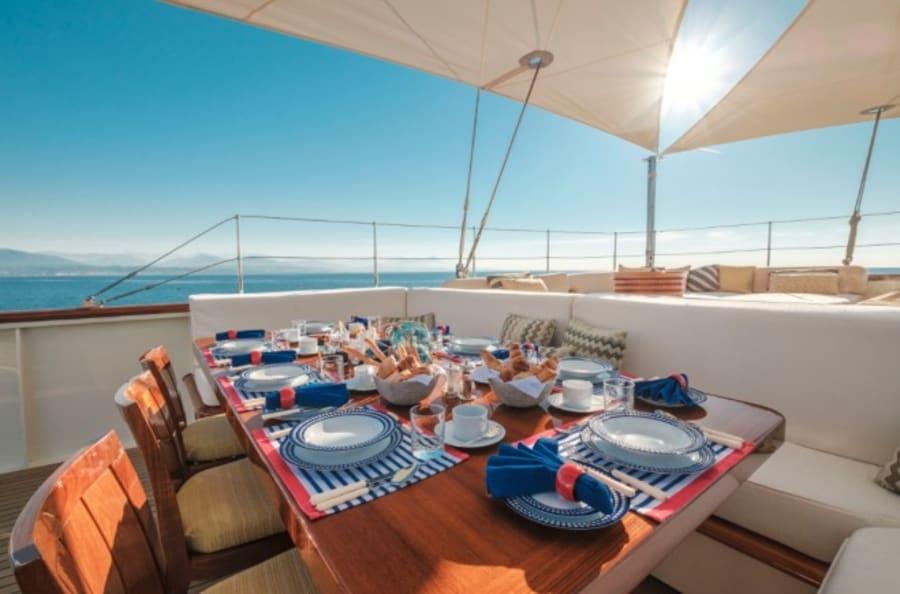 Моторная яхта Nero Yacht #10