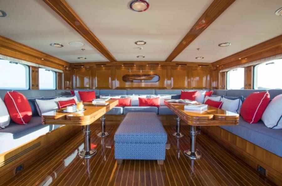 Моторная яхта Nero Yacht #12