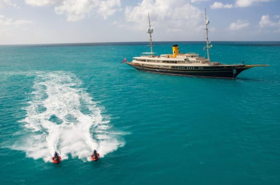 Моторная яхта Nero Yacht #5