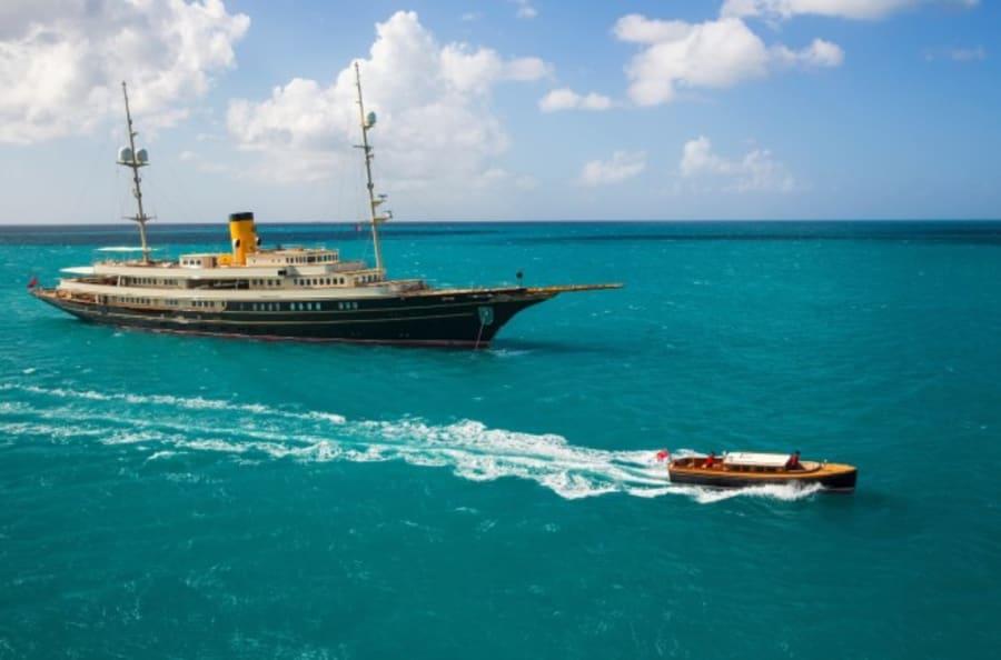 Моторная яхта Nero Yacht #6