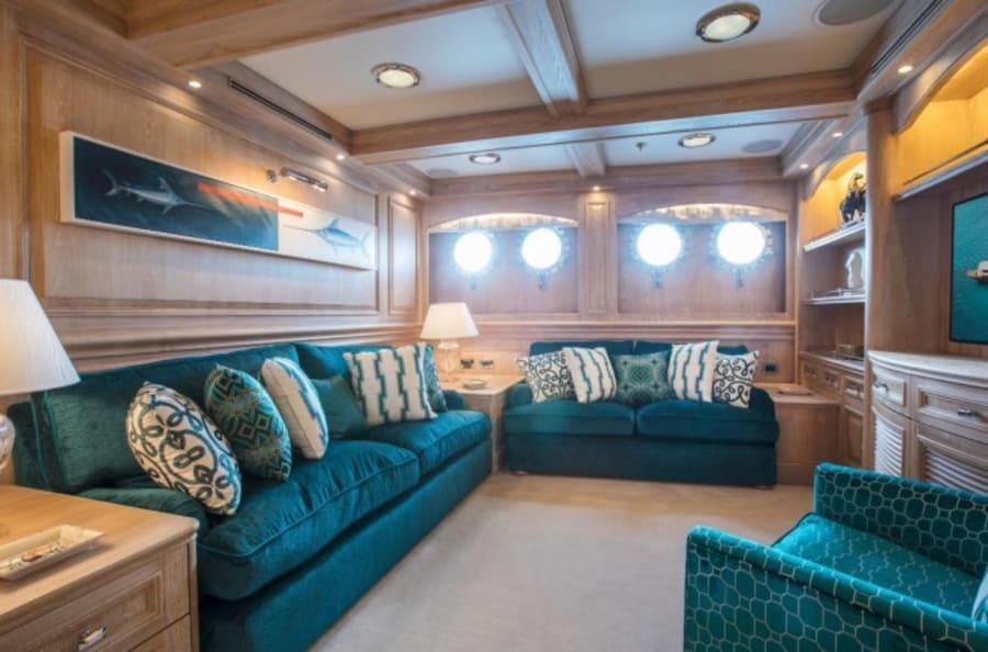 Моторная яхта Nero Yacht #37