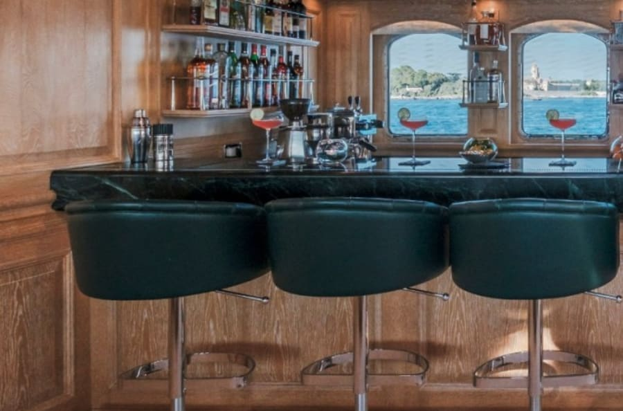 Моторная яхта Nero Yacht #45