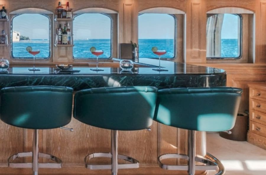Моторная яхта Nero Yacht #48