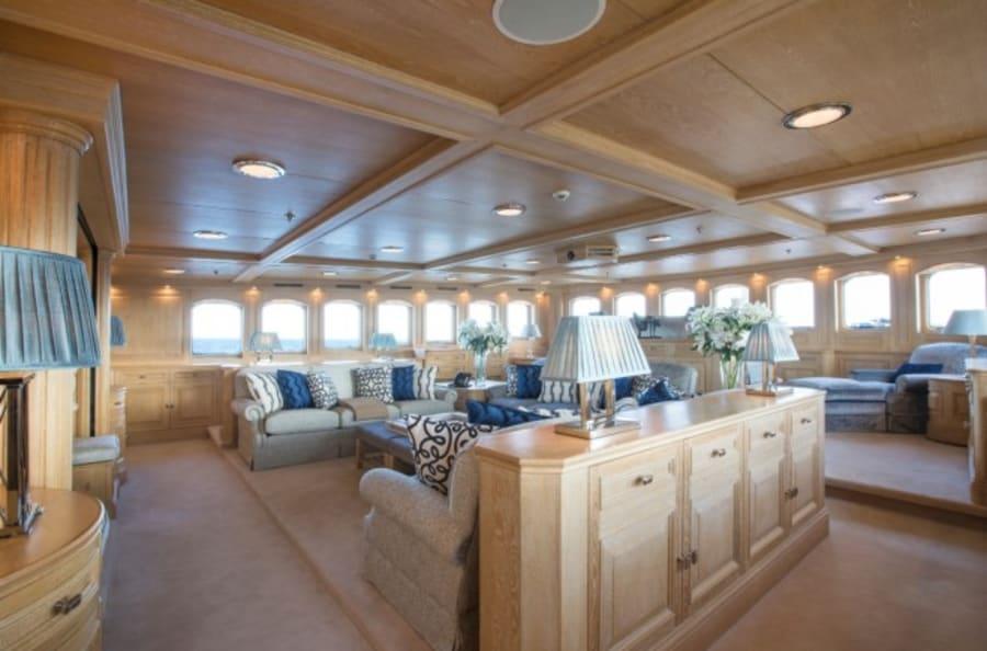 Моторная яхта Nero Yacht #49