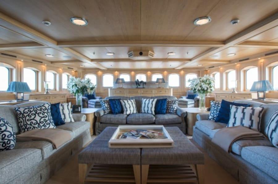 Моторная яхта Nero Yacht #50