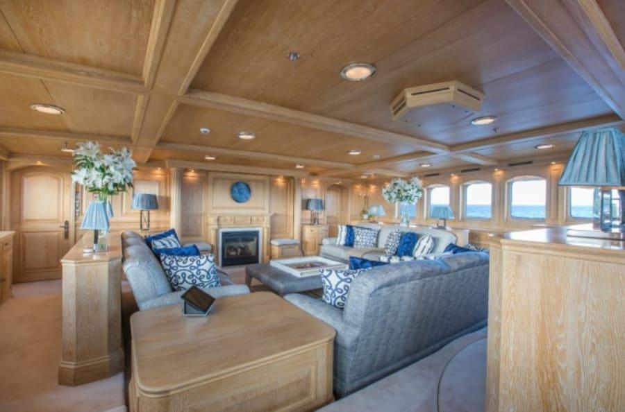 Моторная яхта Nero Yacht #55