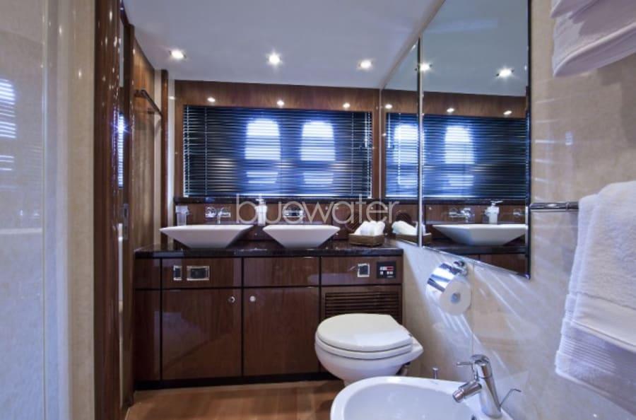 Моторная яхта D5 Yacht #15