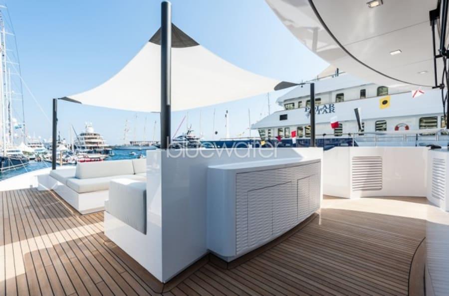 Моторная яхта Entourage Yacht #6
