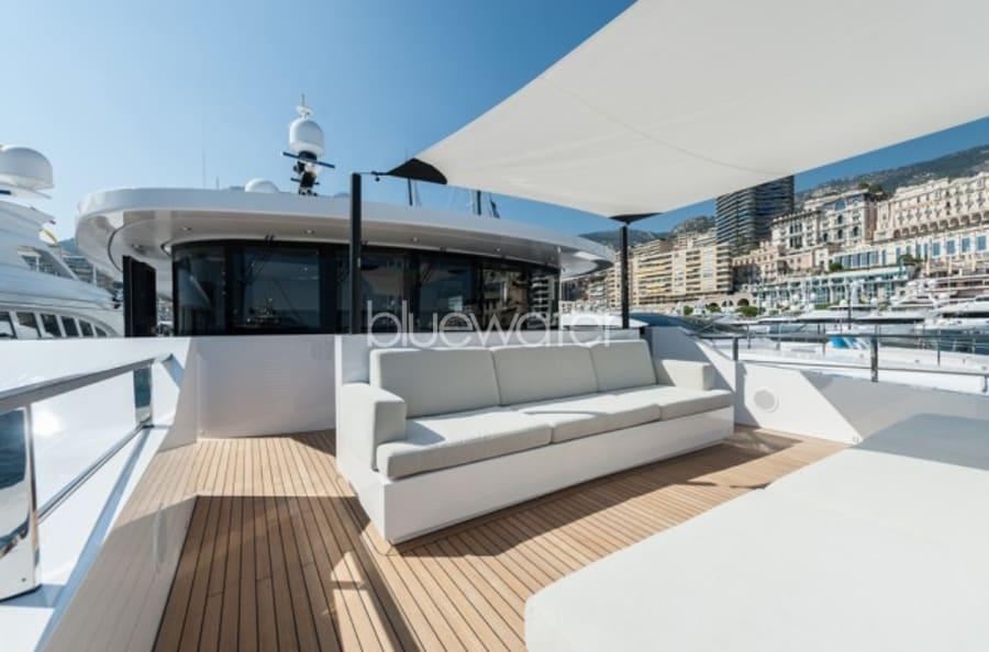 Моторная яхта Entourage Yacht #9